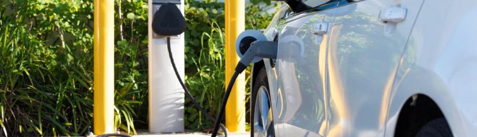 les recharges de voitures electriques se multiplient